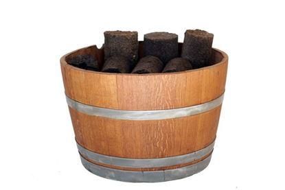 תמונה של חצי חבית יין לאחסון