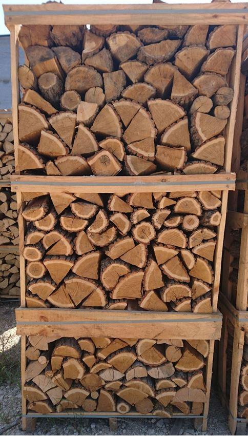 """תמונה של 2.1 קו""""ב עץ להסקה אלון לבן אירופאי  מסודר בכלוב עץ"""